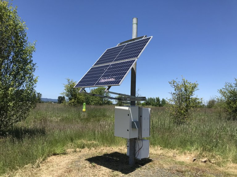Sunwize power and batter featuring an EFOY Pro 2400 fuel cell