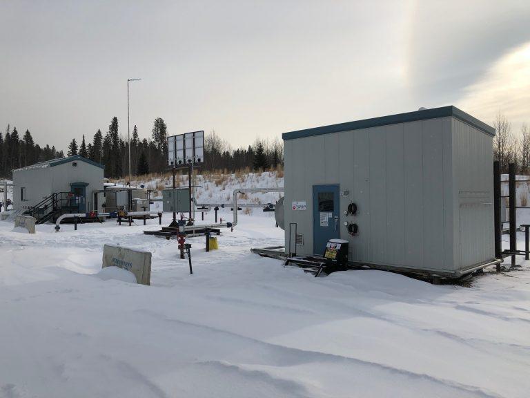 Efoy Pro Installation Snow Solar Hybrid 02